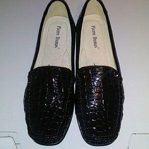 Pierre Dumas black shoes